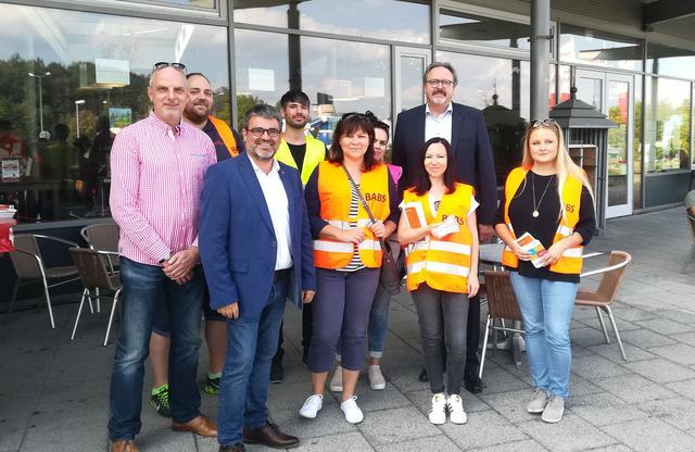 """Staatssekretär Brangs mit der BABS an der Raststätte """"Auerwalder Blick"""" am 5.9.2018."""