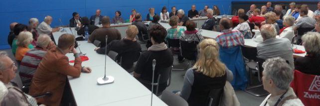 Diskussion im Fraktionssaal der SPD im Anschluss an die Kundgebung