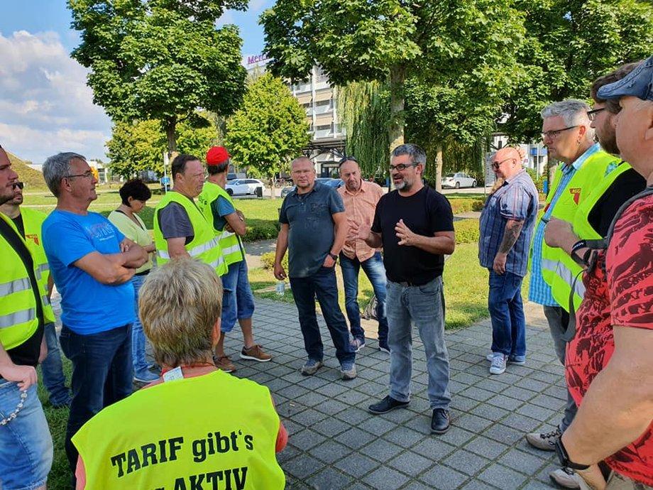 Ralf hron in Riesa bei den Streikenden