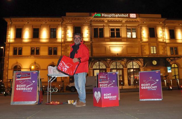 Aktionstag Rente am Chemnitzer Hauptbahnhof 21.9.2021