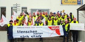 NGG KollegInnen bei Riesa Teigwaren GmbH